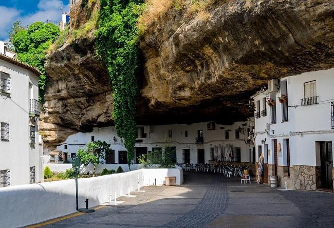 Pueblos con encanto Andalucía - Setenil de las Bodegas