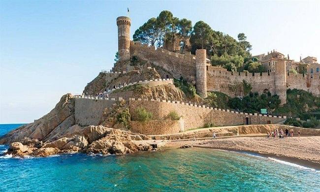 CASTILLOS DE ESPAÑA-Castell de Tossa del Mar
