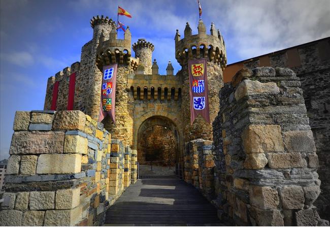 CASTILLOS DE ESPAÑA-Castillo Templario de Ponferrada