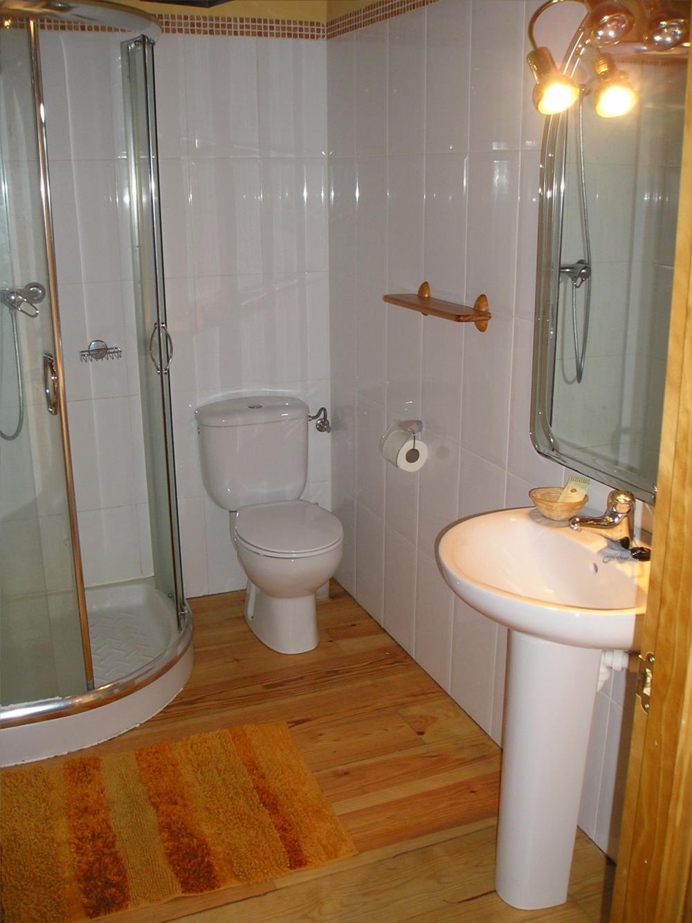 baño casa rural iragorri 1000