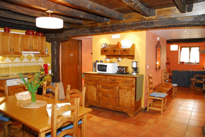 cocina casa rural altuena