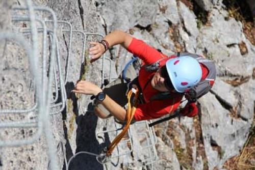 actividades aventura turismo activo escalada via ferrata zuheros 1