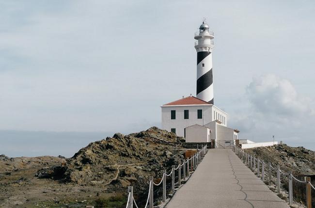 turismo por Islas Baleares- Faro de Favaritx