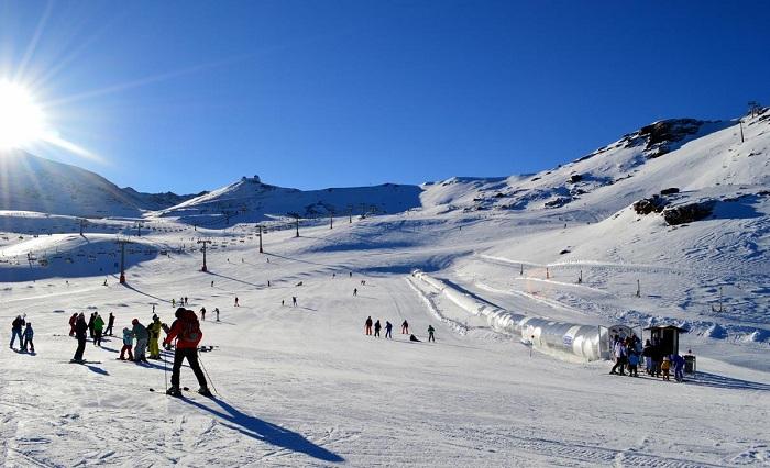 ESQUIAR EN ESPAÑA-sierra nevada