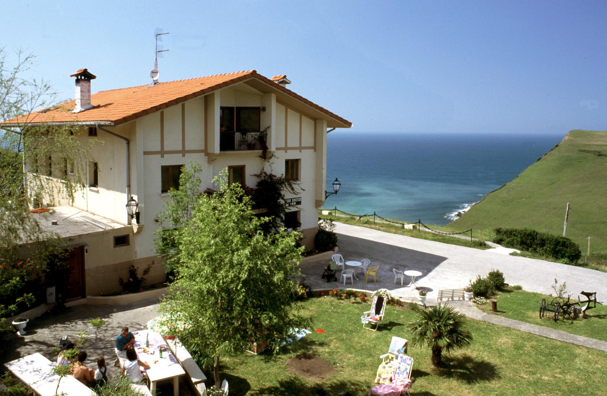 Fachada Casa Rural Gure Ametsa