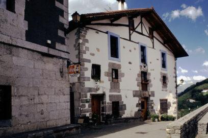 fachada casa rural etxeberri