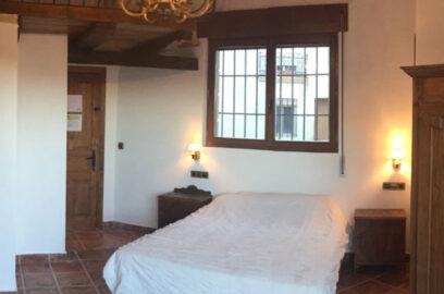 Casa Cerio Casa Rural en Navarra Habitaciones 01 El Altillo 00 600x600
