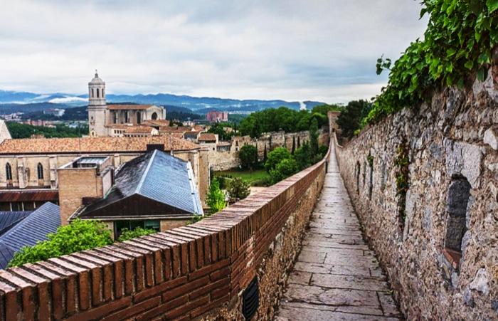 MONUMENTOS ROMANOS EN ESPAÑA-Muralla de Girona