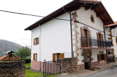 casa rural saldias 01