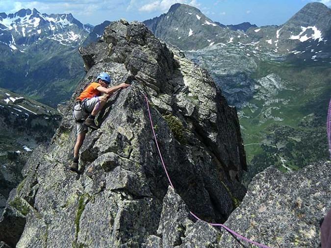 curso aristas crestas pirineos gredos guadarrama 13