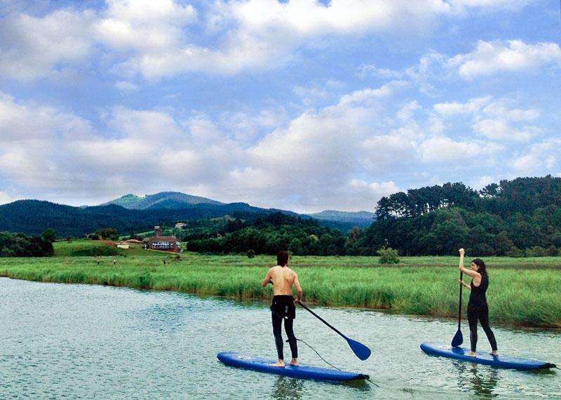 Descensos en canoa y stand up paddle por urdaibai 2