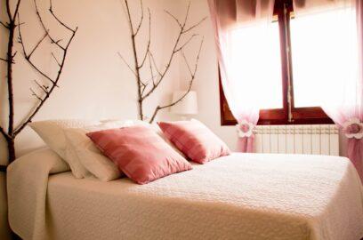 3.habitacio rosa 2