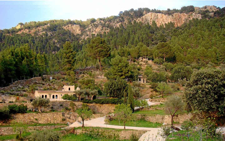 Perspectiva Capilla y Ermitas Foto Erich Mader 10px gran