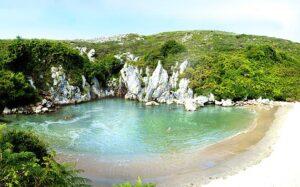 playa de gulpiyuri casas rurales y aventuras
